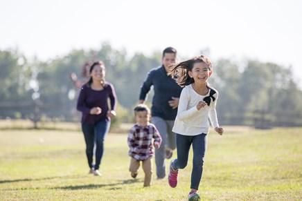 Las Vegas families can enjoy hundreds of neighborhood parks.