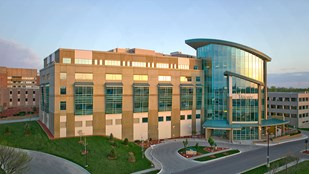 East Tower: Mercy Medical Center - Des Moines