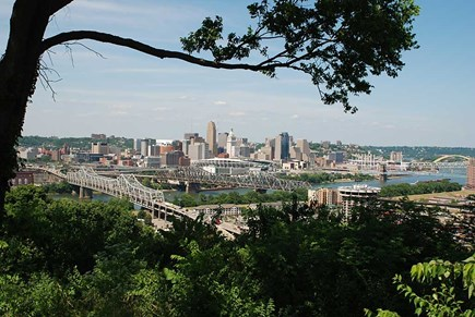 Cincinnati Skyline, http://cincinnatiusa.com/