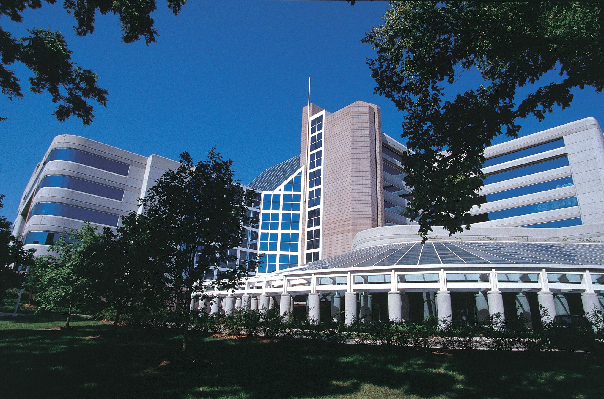 TriStar - Centennial Medical Center Image