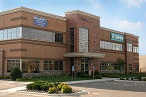 M Health Fairview Clinic - Farmington Image