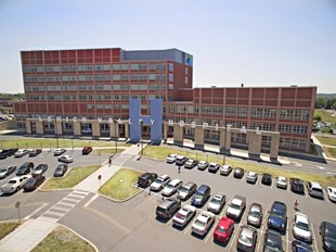 Lehigh Valley Hospital - Muhlenberg Image