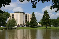 Fairview Park Hospital Image
