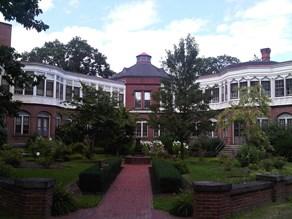 Butler Hospital Image